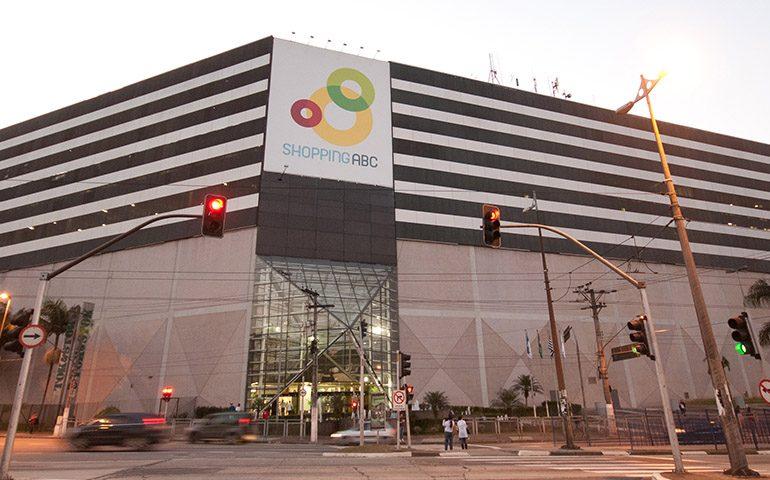 Shopping ABC reativa espaço gastronômico com atrações variadas