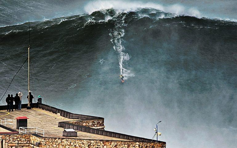 As fascinantes ondas gigantescas de Nazaré