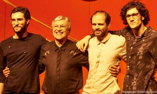 Caetano Veloso em turnê familiar