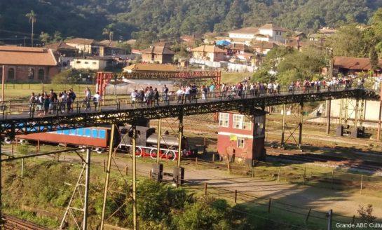 FESTIVAL DE INVERNO DE PARANAPIACABA | Vila prepara mais de 100 atrações
