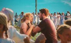 MIDSOMMAR | Enigmas assustam Florence Pugh em festival - Veja o novo trailer